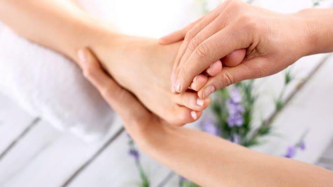 Receptori de masaj pe picioare și mâini