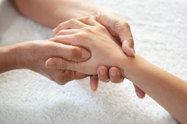 Reflexoterapia mâinilor