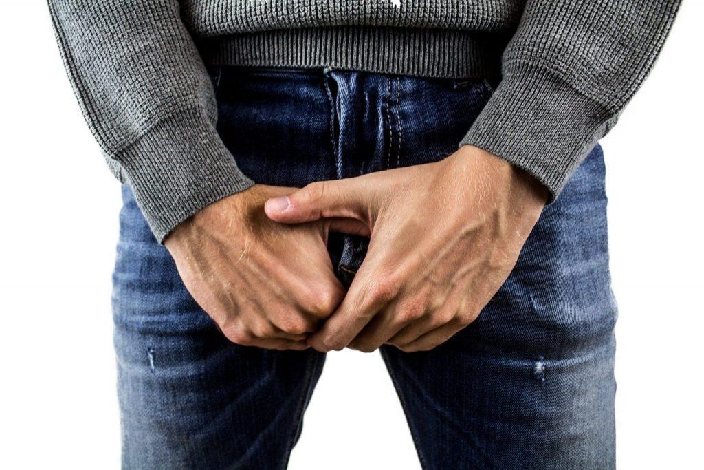 micoza testiculară la bărbați