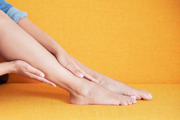 modificări ale unghiilor de la picioare